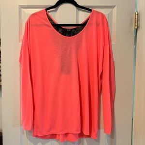 Long sleeve summer top with lacey back